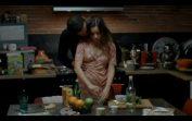 Mutfakta Manitasına Yanaşıyor